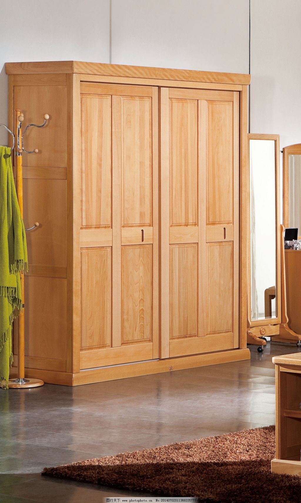 实木衣柜免费下载 地毯 挂画 落地灯 实木衣柜 落地灯 地毯 挂画 装饰