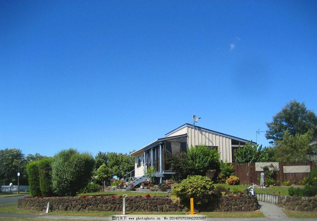 新西兰风景 天空 蓝天 绿树 绿地 建筑 别墅 花草 新西兰风光