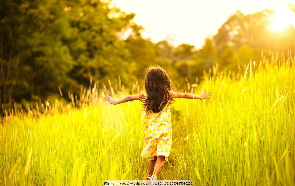 小女孩可爱图片意境