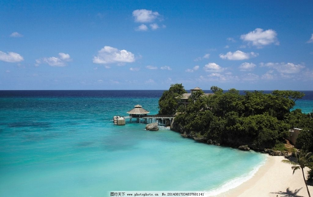 马尔代夫 香格里拉 蓝天白云 海滩 沙滩 浪花 海浪 海岛 旅游