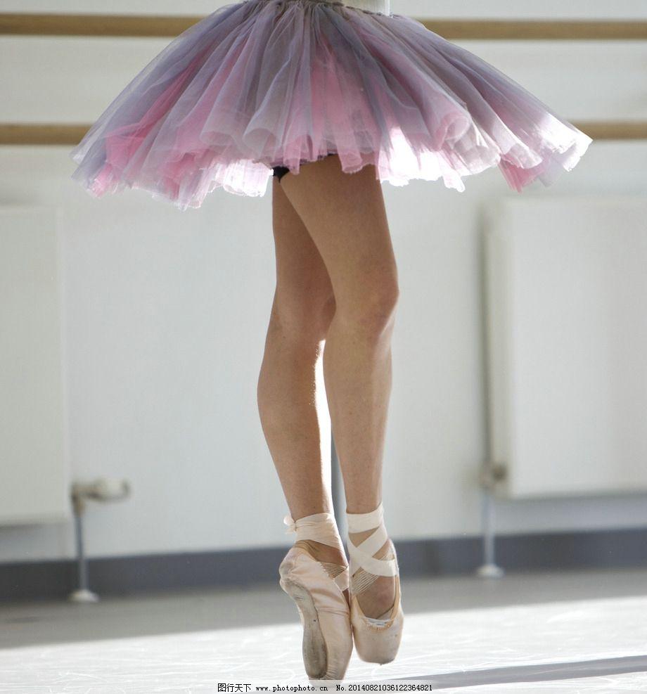 芭蕾 芭蕾舞 特写 芭蕾舞女 轻盈 职业人物 人物图库 摄影 300dpi jpg